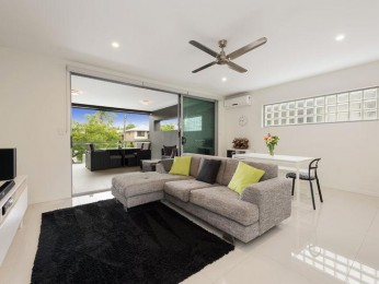 View profile: Immerse Yourself in the Quality Lifestyle  this Stunning Carina Heights  Apartment has to Offer