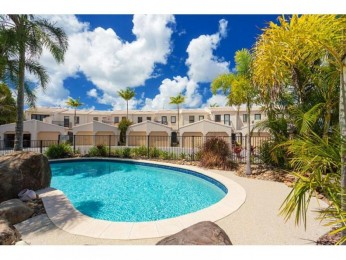 View profile: Weyba Quays Noosa Sound  - Absolute Waterfront accommodation