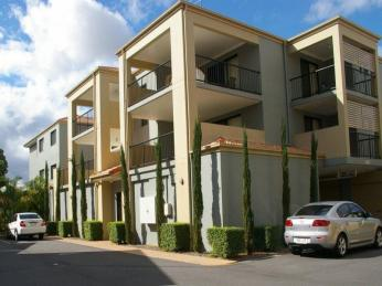 View profile: Available NOW - 2bed unit walk to Westfield Upper Mt Gravatt