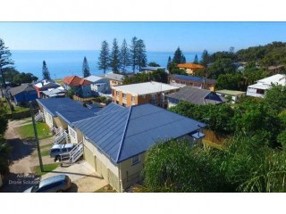 View profile: Beach House plus 3 Cottages 50m from Water's Edge- Margate, QLD