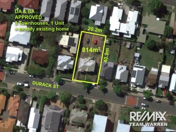 View profile: DA & BA for 3 Townhouses + 1 Unit, Retain & modify existing house.