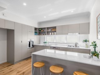 View profile: BRAND NEW SPACIOUS 2 BEDROOM WITH HIGH END FINISHES