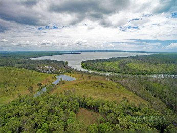View profile: River Frontage, Elevated Home Site, 56 ha