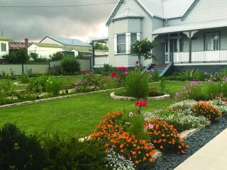 View profile: Booming Backpacker Hostel (Freehold) Hervey Bay SS