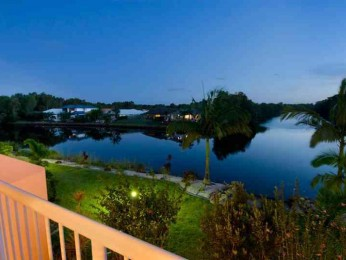 View profile: Waterfront Unit  close to the Sunshine Coast Airport