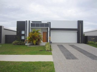 View profile: 5 BEDROOMS - GREAT STREET!