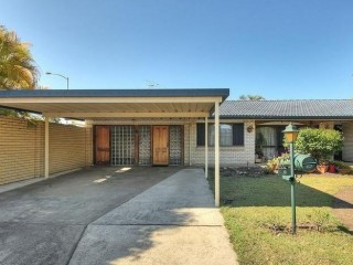 View profile: Family home close to shops and Buses