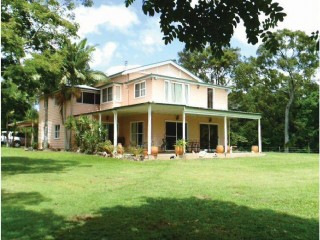 View profile: Equestrian Property on 29 Acres Close to Beaches