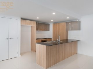 View profile: 2 BEDROOM BRAND NEW UNIT - AIR CONDITIONED – PET FRIENDLY