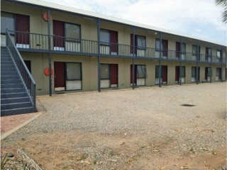 View profile: Freehold Backpackers Hostel & Motel Plus Residence on 2 Titles - Wentworth, NSW