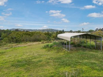 View profile: Duplex Block Or House Block...Quality Location!