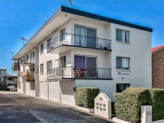 View profile: Conveniently Located - Three Bedroom Unit