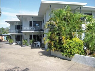 View profile: Holiday Apartments, Cottage Plus Owners' Residence Opposite Beach