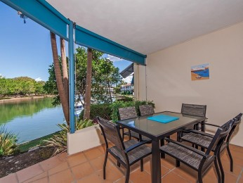View profile: Peaceful Private Waterfront Apartment in Noosaville