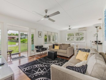 View profile: Charm & Character in the heart of Noosaville