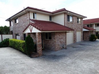 View profile: QUALITY TOWNHOUSE OF PRIVACY AND CONVENIENCE